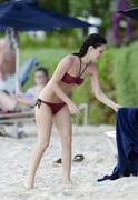 http://img257.imagevenue.com/loc115/th_25272_RachelBilson_2011_04_23_bikinicandidsinBarbados_019_122_115lo.jpg
