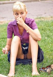 Chicas descuidadas muestran sus tanguitas