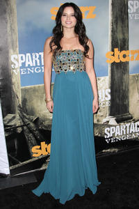 Катрина Ло, фото 12. Katrina Law Spartacus Vengeance premiere in Los Angeles - 18/01/12, foto 12