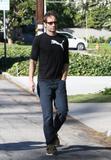 David em um almoço com um amigo no Avotre Sante em Brentwood - CA Th_38957_David_Duchovny_out_and_about_in_LA_CU_ISA_01_122_92lo